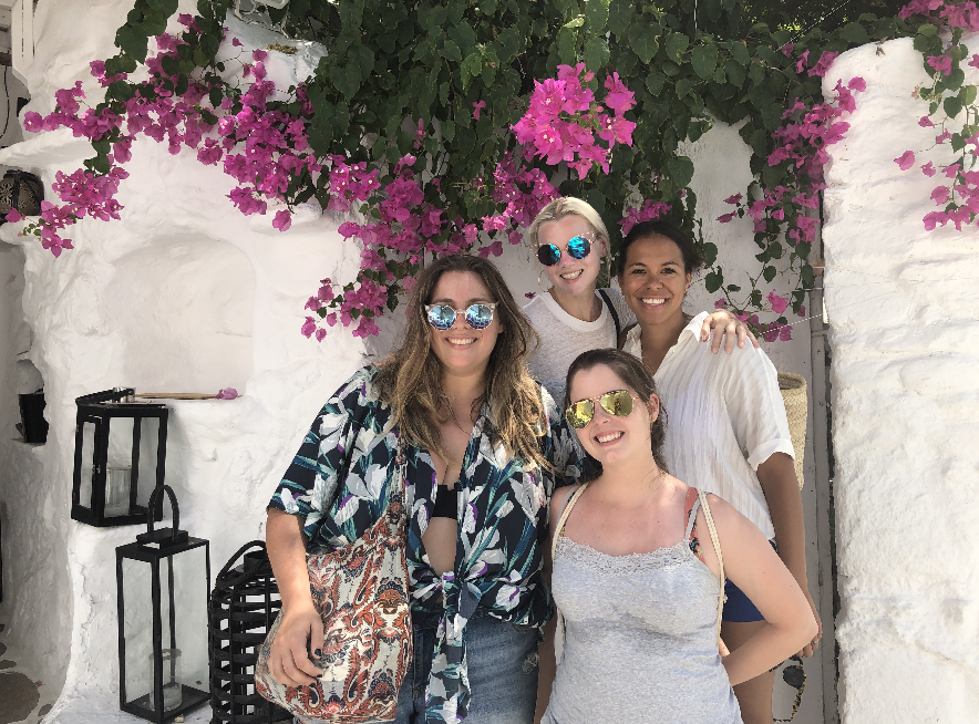 Girls trip mykonos